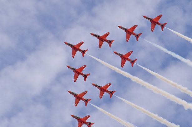 red-arrows-canceled